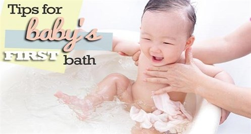 What To Keep In Mind When Bathing Your Baby For The First Time